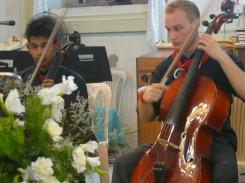 Leo Velho & Lukas Hartmann (Cello)